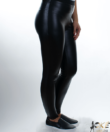 Fekete műbőr női leggings csipkés szegéllyel
