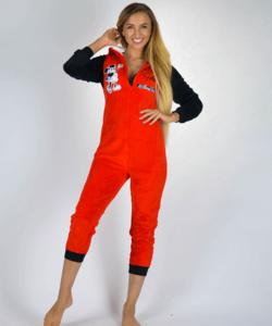 Mickey pihe-puha női wellsoft pizsama overál piros