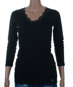 Fekete csipkés szegélyű női felső
