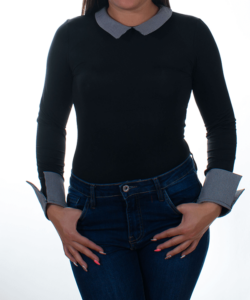 Kikiriki fekete kockás galléros női felső
