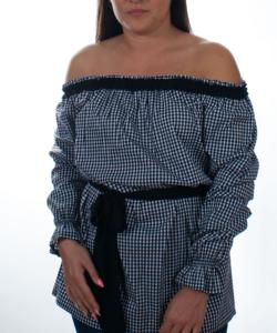 Rucy Fashion fekete kockás húzott vállú női tunika fodros szegéllyel