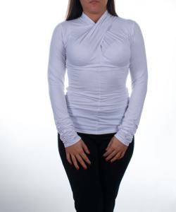 Fehér csavart garbó nyakú női felső