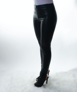 Fekete műbőr női leggings meleg béléssel