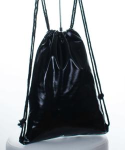 Fekete fényes tornazsák, hátizsák 44 cm