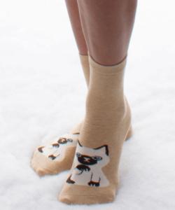 Bézs kiscica mintás pamut zokni