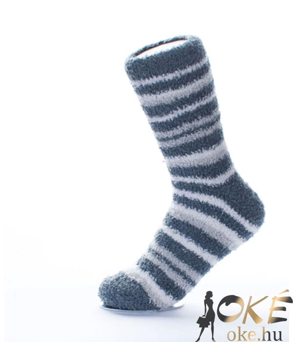 Szürke-fehér csíkos pihe-puha női zokni